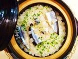 今年も『秋刀魚の土鍋ごはん』始めました。 2人前1,260円。
