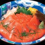 鮭親子丼 1029円税込