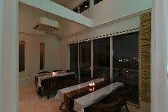 夜景も見える限定1組の個室席です。