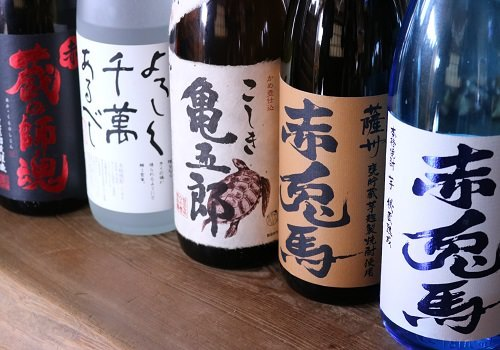 珍しい焼酎や日本酒もございます