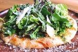 ハーブと野菜たっぷりピザ