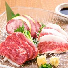 博多もつ鍋 馬肉 九州自慢 川崎東口タワーリバーク店