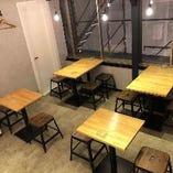 テーブル席【2名卓×2卓】【4名卓×3卓】最大20名様まで