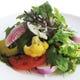 旬のこだわり野菜がたっぷり「農園サラダ」