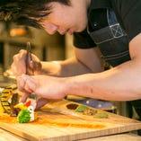 美味しい創作料理は、美しい盛り付けにもご注目!腕利きの料理人がご提供いたします