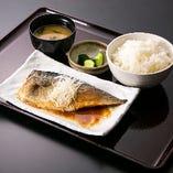 金華鯖味噌定食