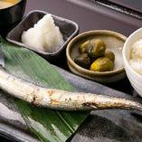 秋刀魚天日寒風干し焼き定食