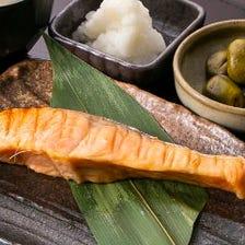 金華銀鮭魚醬焼き定食