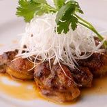 牡蠣など季節の海鮮を使った料理