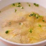 スープ類も豊富