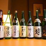 宮城・東北の日本酒を常時30種取り揃えております。