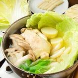 ご存知!タッカンマリ 鶏肉一羽まるごと入った韓国の代表的な鍋