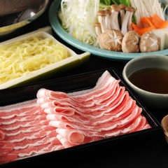 「山形県産山形豚」と「鹿児島県産黒豚」の2種類をご用意。