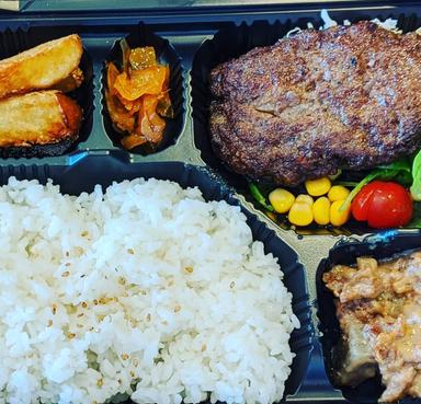 洋食Revo 靭公園店  メニューの画像