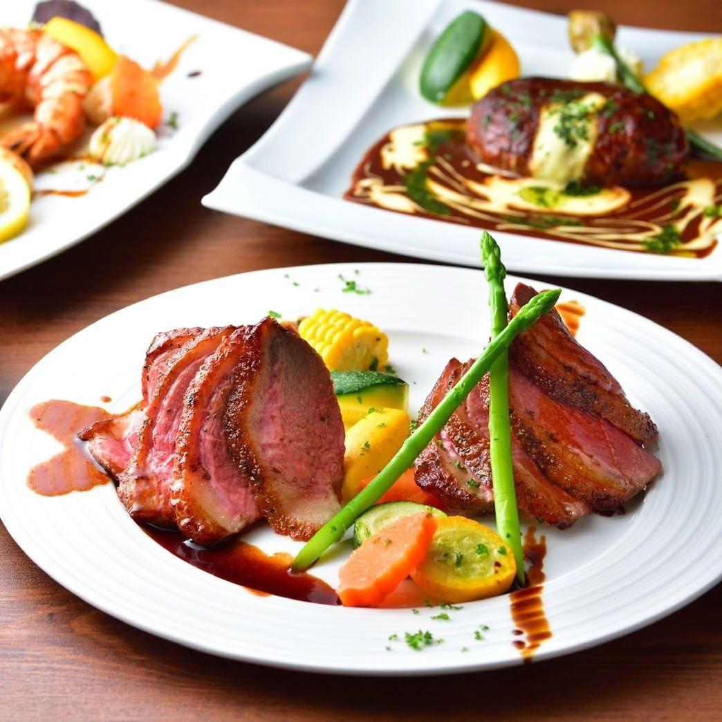 季節の厳選食材を使用した創作料理