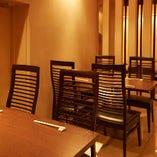 テーブル席は最大8名様までご利用いただけます。