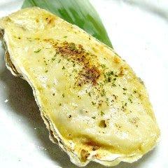 殻付かき味噌グラタン