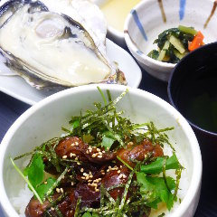 かき丼&殻付生かきを堪能!(かき丼ランチセット】