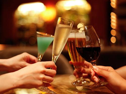 カクテルで乾杯!