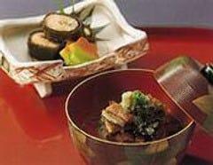 長良川子持ち鮎昆布巻とお茶漬け鰻です。ご飯やお酒のお供に。