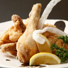 ○ 自慢の鶏料理