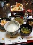 板前揚げたて天ぷら+粥 を食すランチ¥1,575!