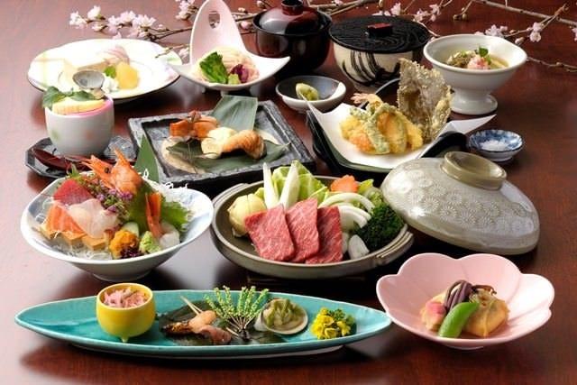 会席コース『嵯峨(さが)』5,000円(税込5,500円)料理例