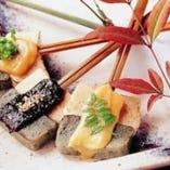 『京生麩田楽』  よもぎ麩と粟麩を秘伝の三色味噌で