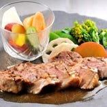 イベリコ豚と産直野菜のグリル