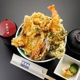 冬の味覚天丼2,000円、冬の味覚を天丼に仕立てました。