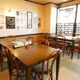 2名様~30名様まで収容可能なテーブル席を多数ご用意【宴会/飲み会/会社宴会/女子会】
