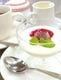 食後の甜菜に月苑飯店自家製 『杏仁豆腐フランボワーズソース』