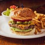 絶対食べて頂きたい、絶品ハンバーガー!