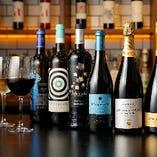 ソムリエが厳選したスペイン産の希少なボトルワインを20種類以上ご用意