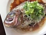 鮮魚の姿蒸し