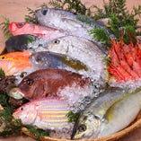 日本全国各地から旬の「美味しい!」を皆様にお届けいたします。