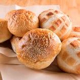 バンズは昇平堂のこだわり天然酵母のパン