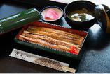 おせち料理以外にも、旬の食材を使用した様々な料理をご提供。