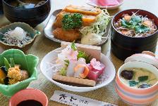 ◆地元食材を使用した「季節の御膳」