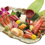 特選北海刺身盛合せ!この一皿に北海道がぎっしり詰まってます!