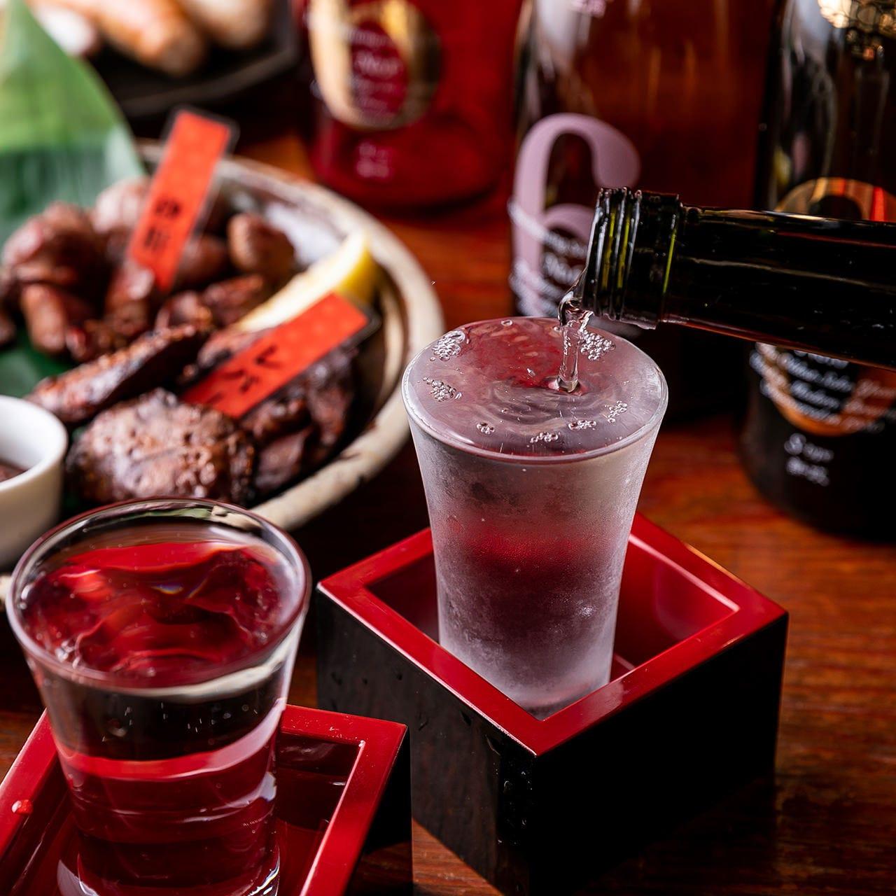 地鶏と常時6種の日本酒が競演