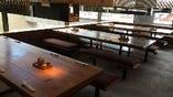 白木の大テーブル