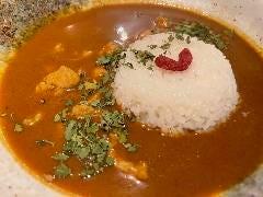 A.薬膳スープで作ったチキンカレー
