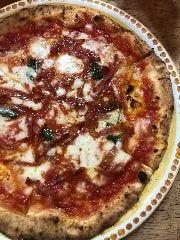 Pizzeria PariarE(ピッツェリア パリアレ)