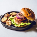 ソイミートと野菜のヘルシーバーガー