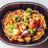 ズワイ蟹の濃厚トマトスパゲッティ