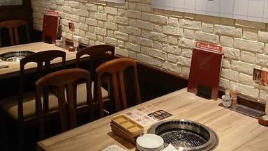 焼肉おもに亭 西葛西店 店内の画像