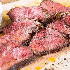 人気満点!!特選牛のステーキ