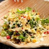 京水菜と湯葉のパリパリサラダ