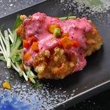 京都の柴漬けを使ったタルタルソースが絶品のチキン南蛮は当店人気No.1メニュー。